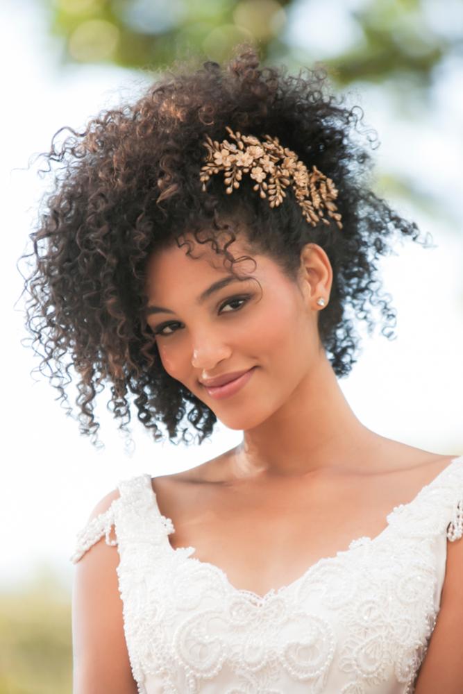 39 Black Women Wedding Hairstyles That Full Of Style Curly Wedding Hair Natural Wedding Hairstyles Short Wedding Hair