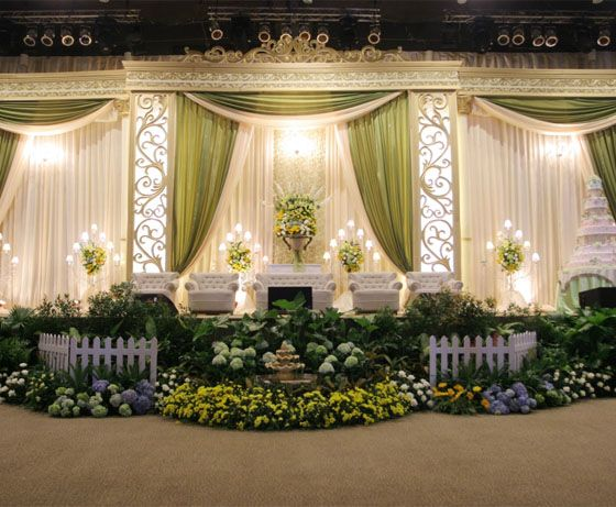 Pelaminan sederhana google search pelaminan pinterest pelaminan sederhana google search wedding backdropswedding receptionswedding decorationshall junglespirit