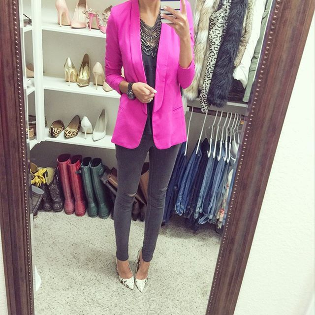 Grey and hot pink  loving this color combo lately! This is my favorite boyfriend blazer [comes in 5 colors!] and it's currently 40% off making it $44!  jeans are $54 and my snake pumps are on sale! // shop my look with @liketoknow.it ➡️ www.liketk.it/1HNNm #liketkit #ltkunder50