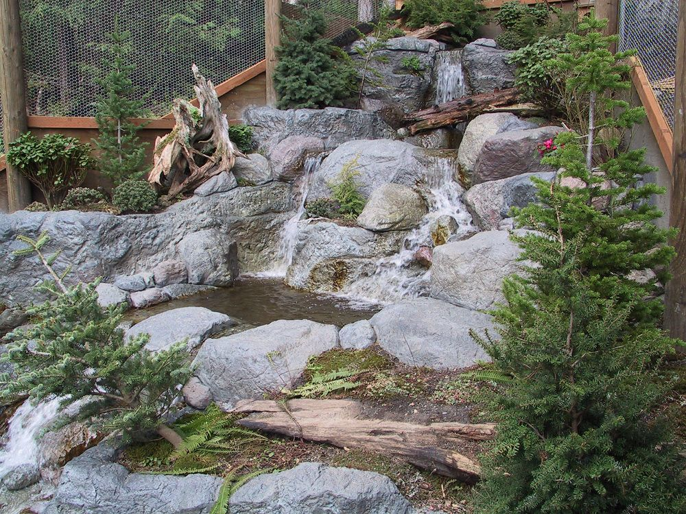 Fake rock waterfalls yards by aaron yard deco for Artificial pond water