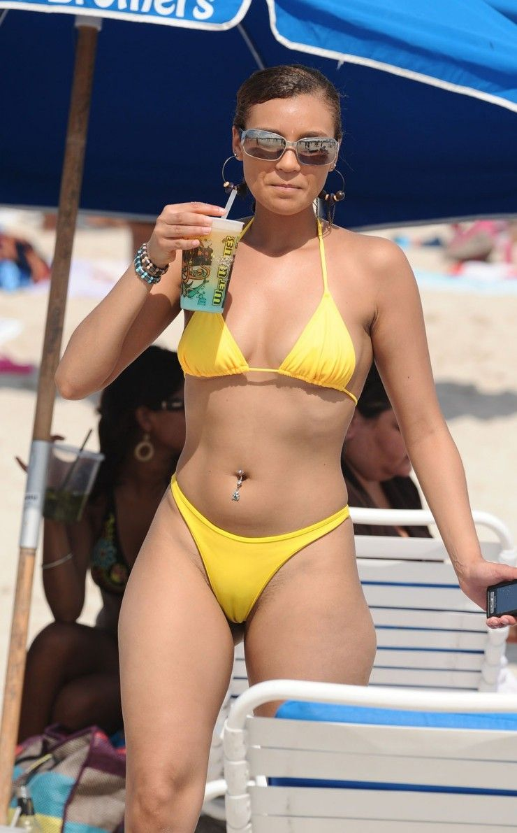 Not meaningful. amateur swimsuit camel toes