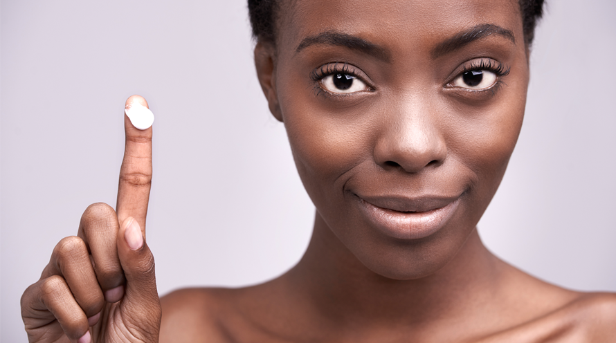 4 Ways That You're Applying Moisturizer Wrong in Your Skin