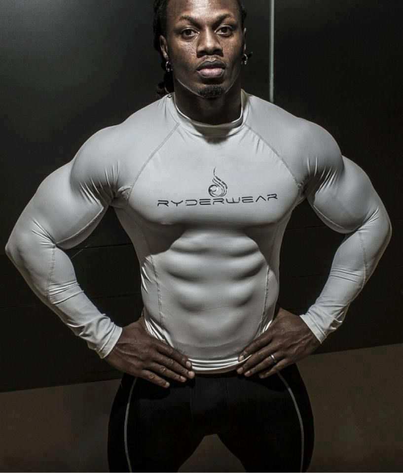 The kind of abs that tear through your shirt! Ripped abs