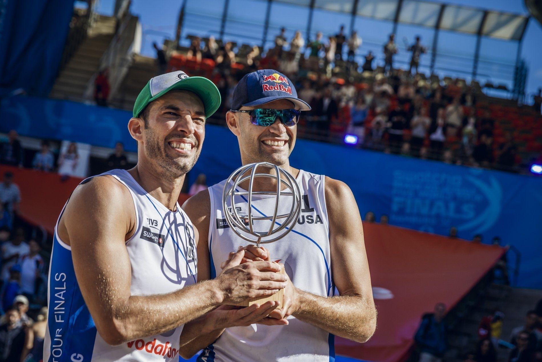 Us Oldies Beat Brazilian World Champions Beach Volleyball Beginners Beach Volleyball Champion Oldies