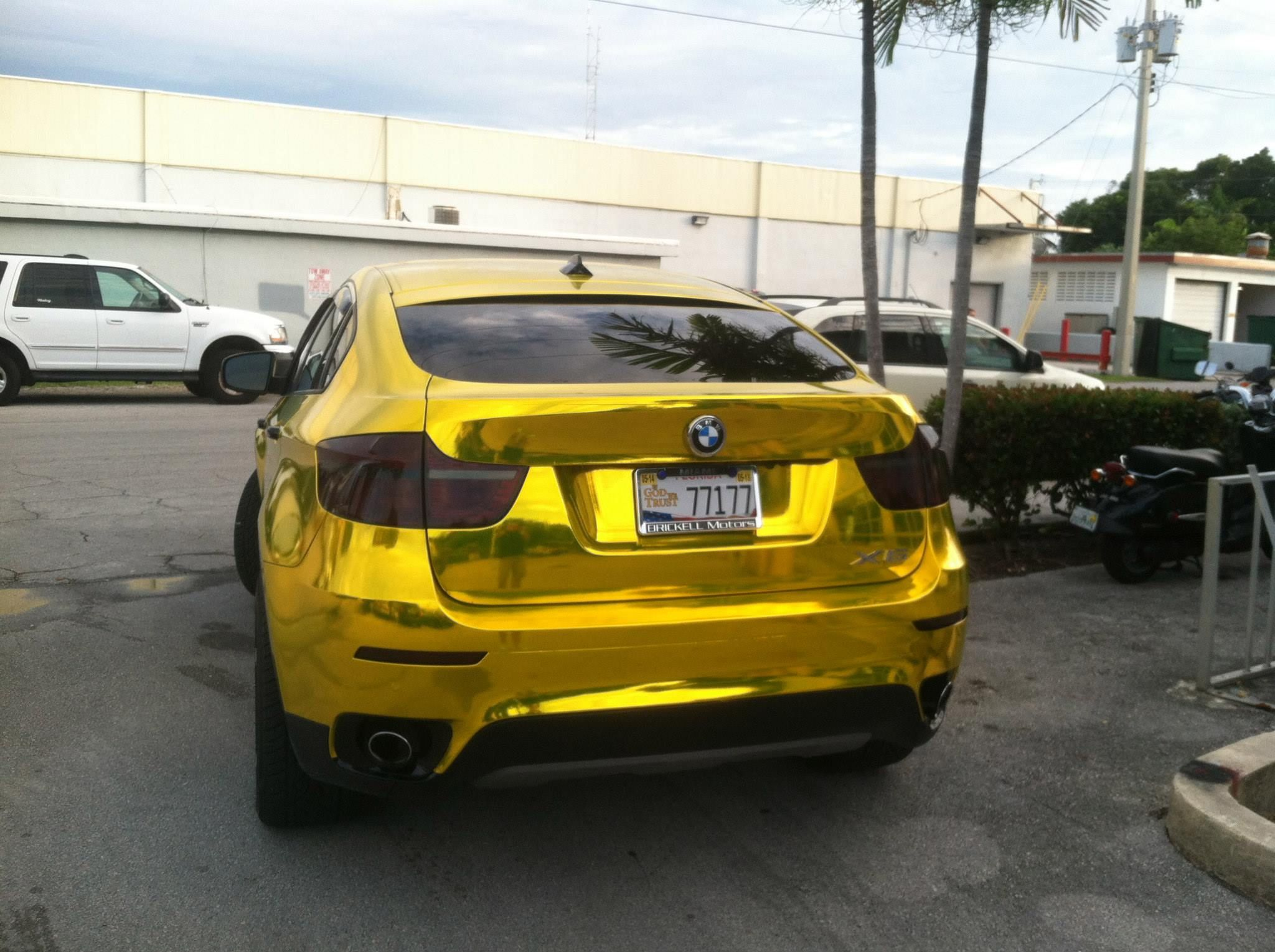Bmw X6 Wrapped In Vvivid Gold Chrome By Signs Unlimited In