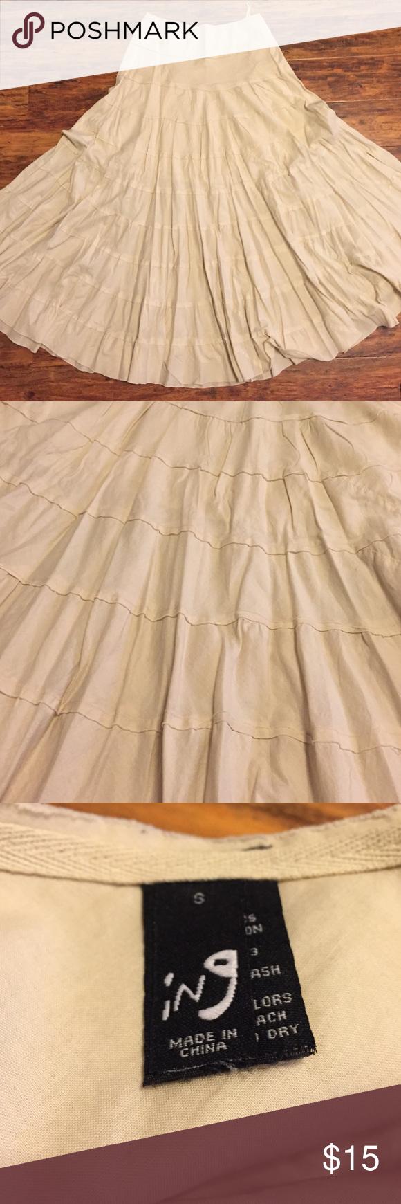 Ing Ruffled Maxi Skirt | Maxis, Faldas maxi y Crema