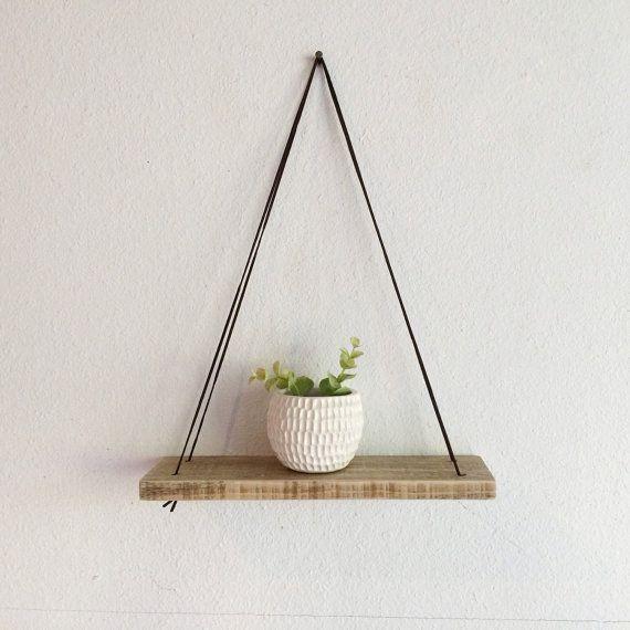 Schaukel Regal - zurückgefordert Holz Regal - Holz und Leder - Urban Regal - einfache hängende Regal - natürliche Holz Regal - Boho Holz #plantingdiysimple