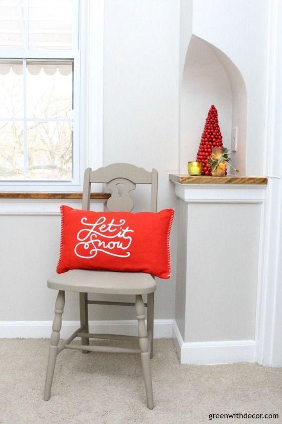 Christmas decorating ideas for a hallway Love that mini red - christmas decorating ideas