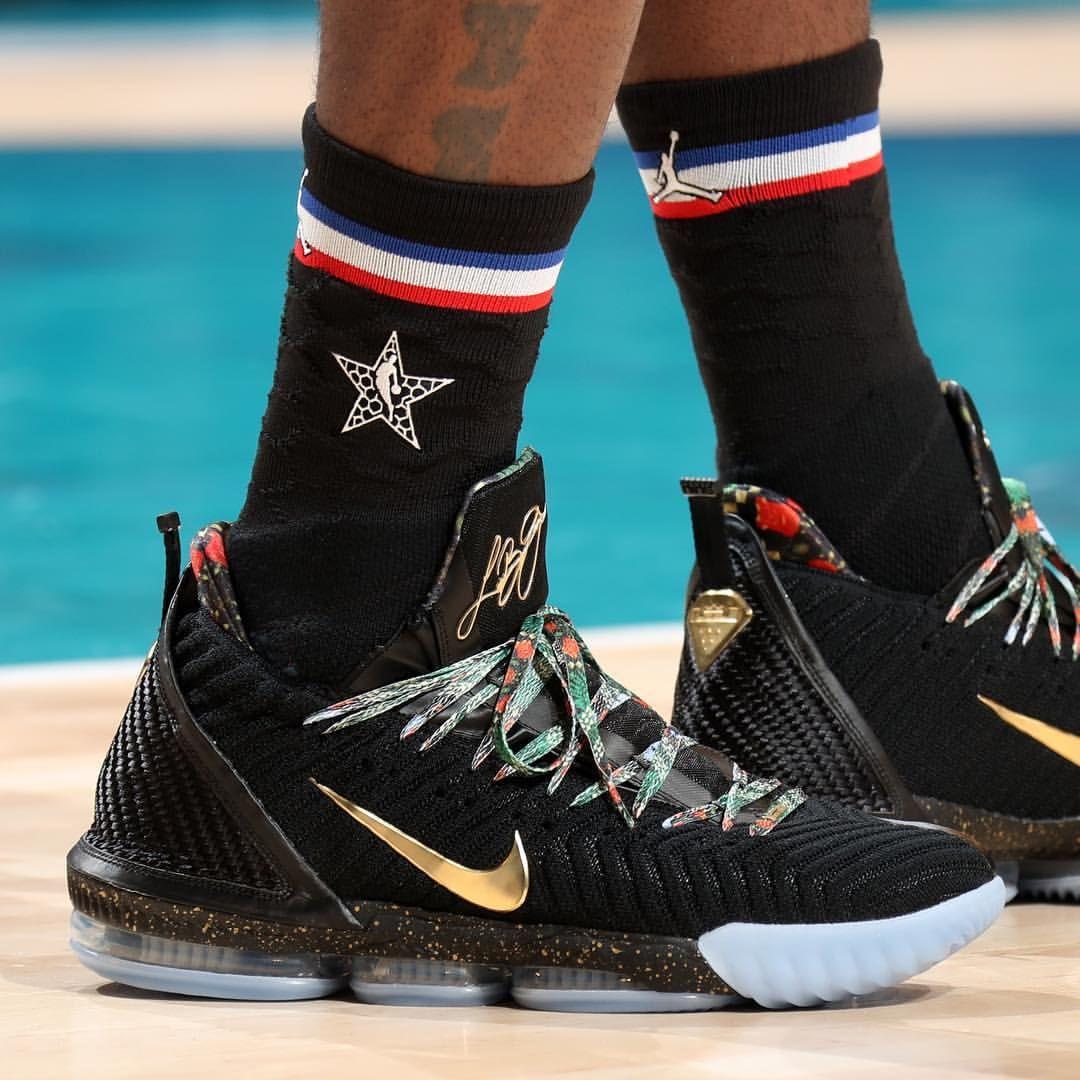"""Throne"""" Nike LeBron 16 tonight"""