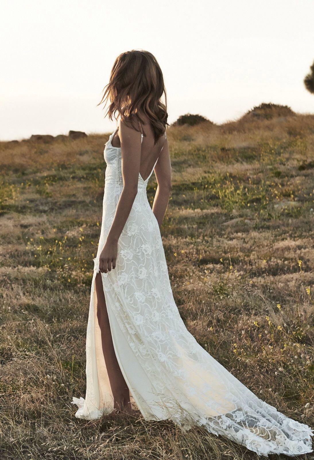Sommerliches Vintage Brautkleid mit Schlitz an der Seite