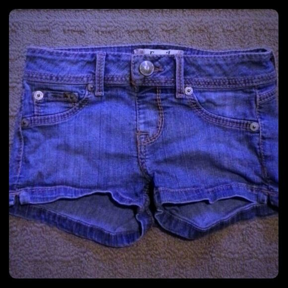 Low-rise Denim Shorts! These are very small and short! They are just about 13 inches in the hips and an inch in-seam. Only the back pockets are real. Equivalent to a 12 in kids pants. All belt loops in good condition! Perfect for the summer :D Fragile Shorts
