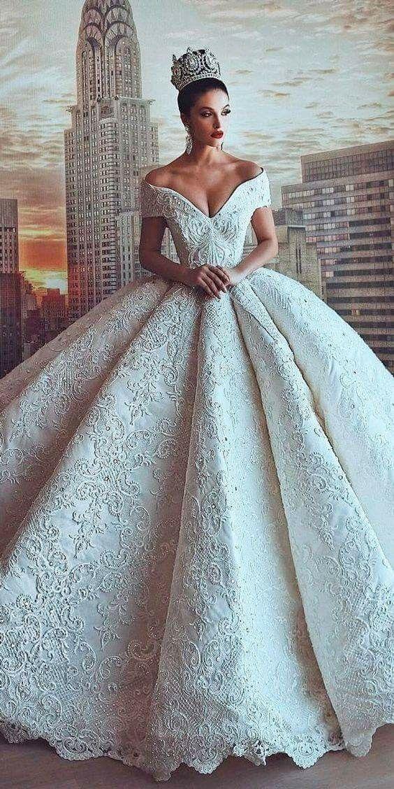 Vestido de novia | Headdresses | Pinterest | Wedding dress, Wedding ...