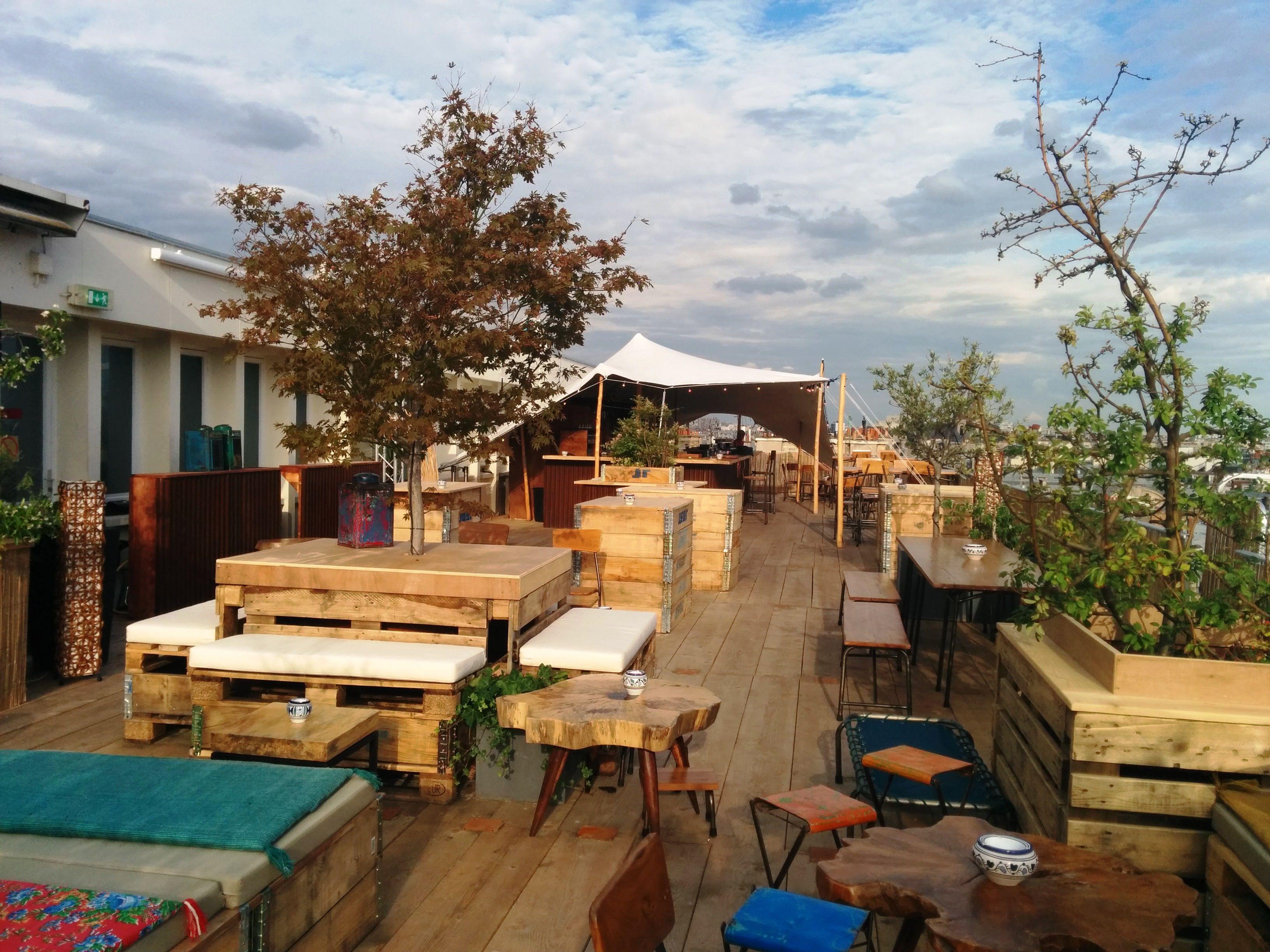 Le Perchoir Marais x LE DANEMARK | Pinterest | Rooftop, Living rooms ...