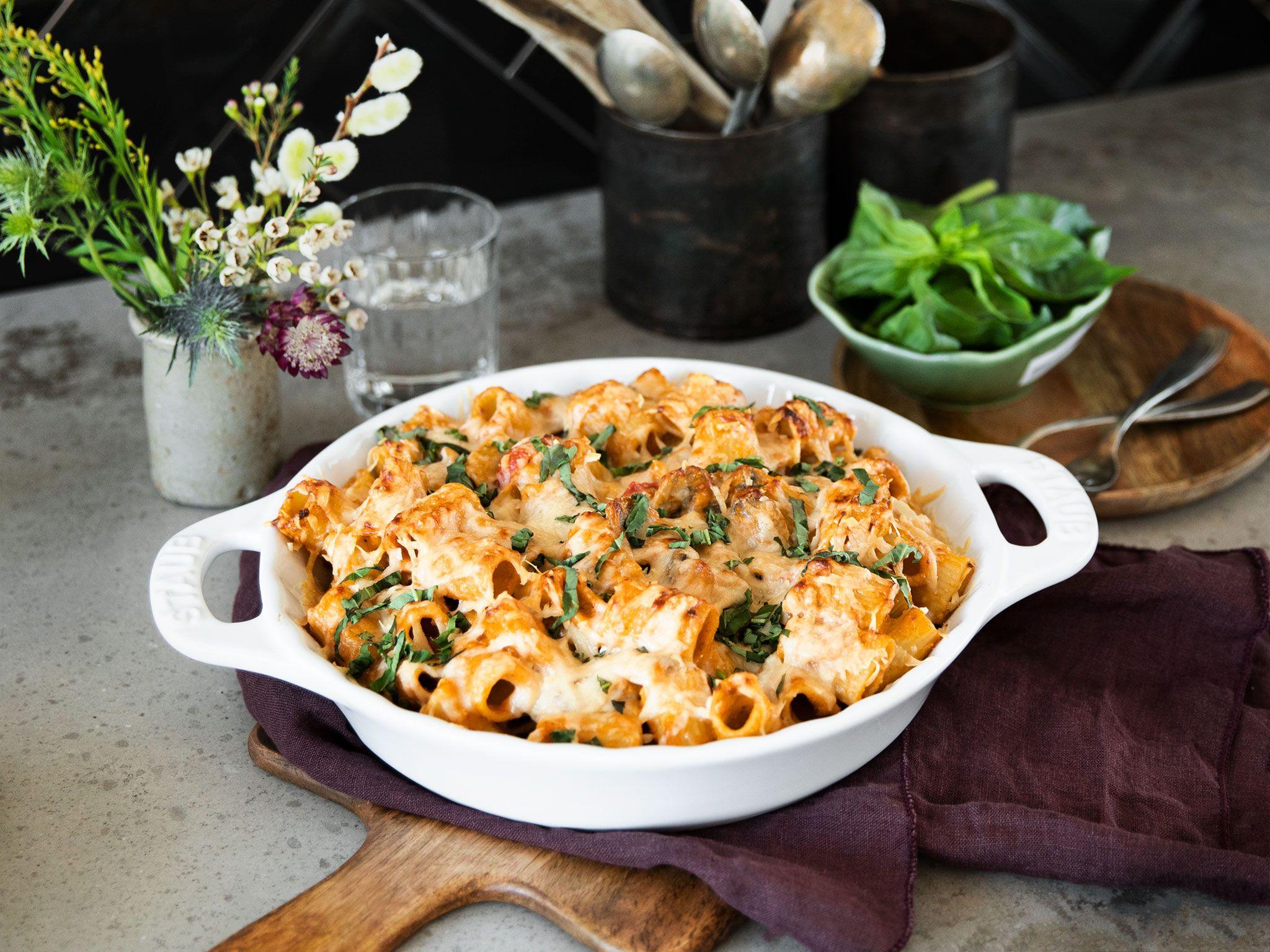 Nudelauflauf mit Pesto und Pilzen | Rezept | Kitchen Stories