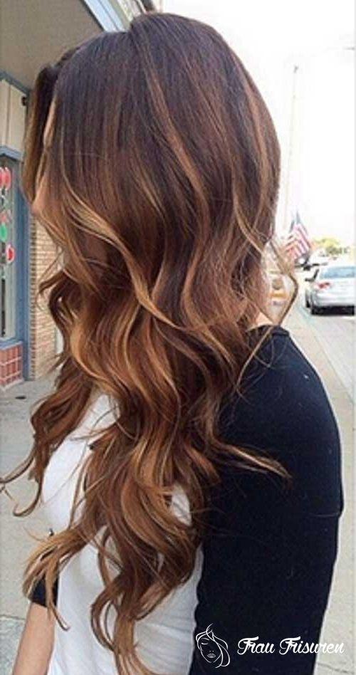 20 Wellige Frisuren Fur Lange Haare Wellige Frisuren Lange Haare Haarschnitt Ideen