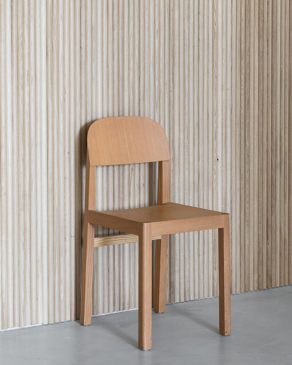 Minimal And Modern Solid Wooden Dining Chair From Muuto The Workshop Chai Scandinavian Furniture Design Chair Design Wooden Restoration Hardware Dining Chairs