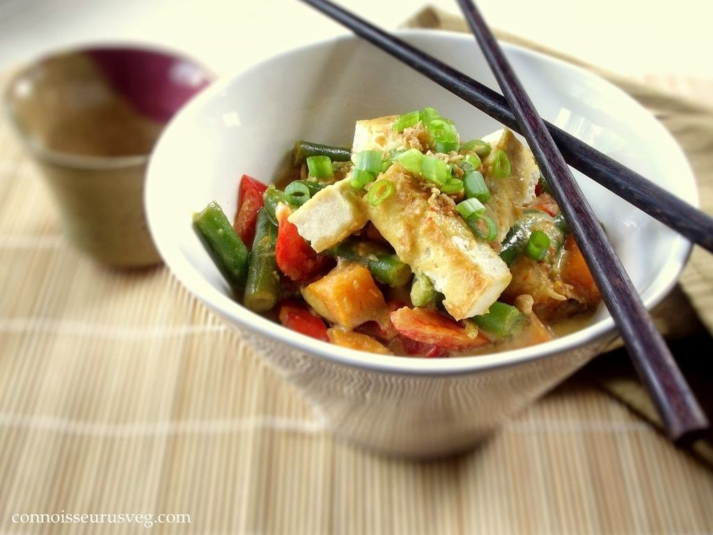 <b>These meals will get plenty of protein into your diet without any help from bacon.</b> (Yes, it