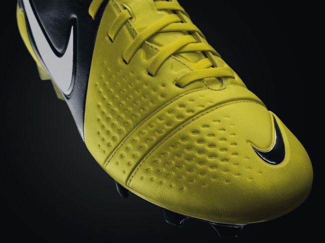 botas de futbol nike ctr360