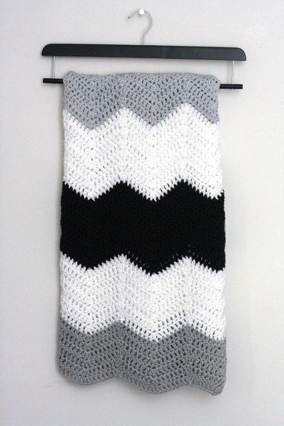 Large stripe chevron blanket pattern // crochet pattern. | Projects ...