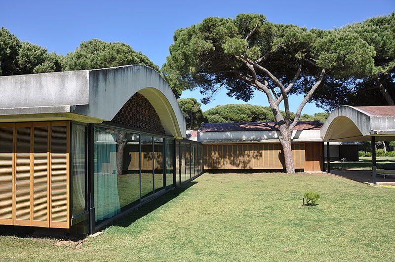 El Prat de Llobregat. La Ricarda (Gomis House). Antoni Bonet Castellana, architect (1949-1963)