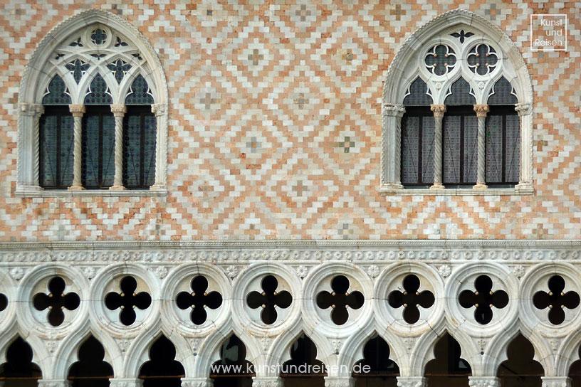 Architektur Der Gotik Merkmale Und Bauwerke Der Epoche Architektur Gotische Architektur Baustil