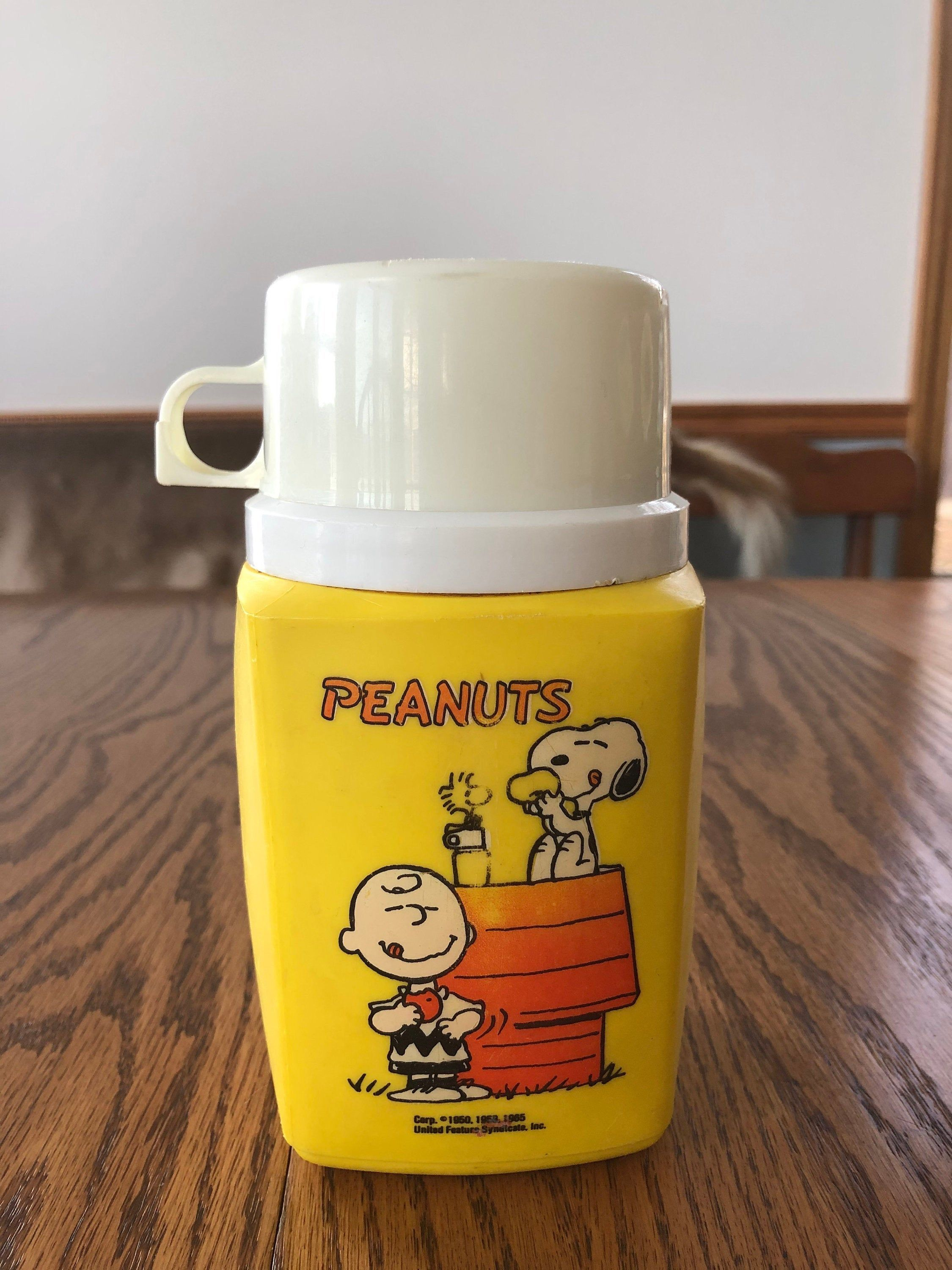 Vintage 1965 S Peanuts Thermos United Feature Syndicate Etsy In 2020 Vintage Lunch Boxes Thermos Lunch Box Thermos