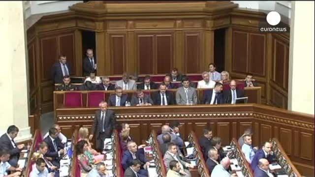Ucrania: la gran coalición en Ucrania no calma las ansias independentistas del este del país