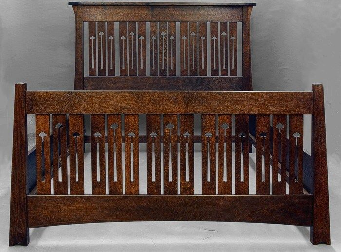 Mackintosh Arts And Crafts Queen Size Bed In Quartersawn Oak The Headboard Is 56