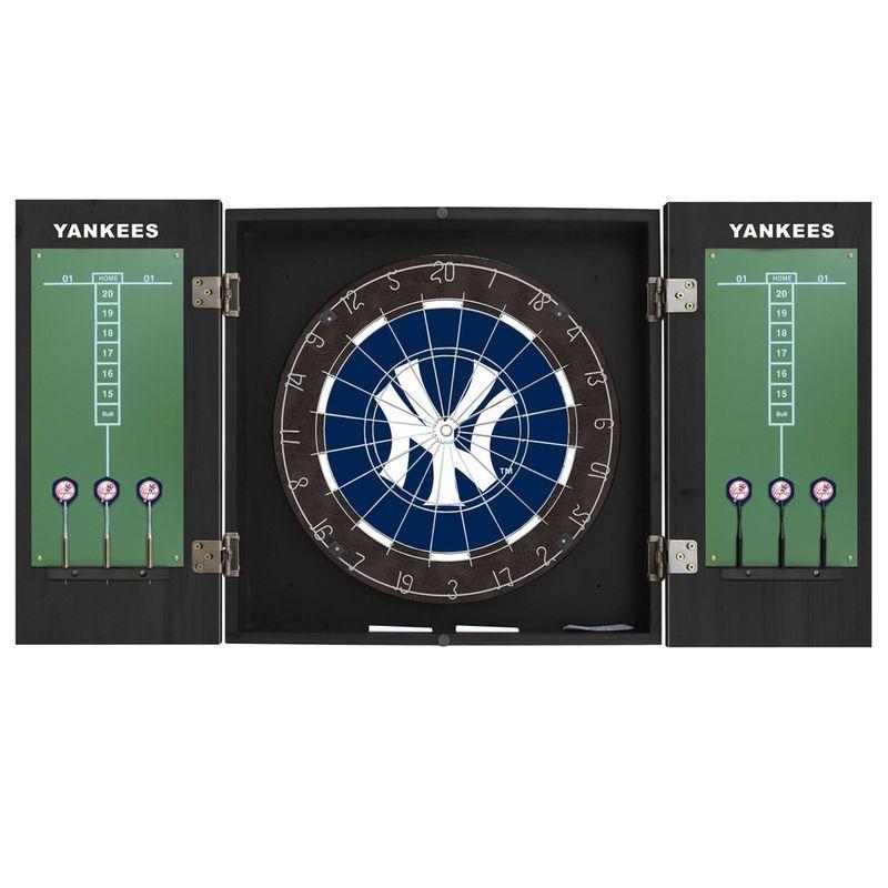 New York Yankees Extreme Fan Dart Cabinet Set