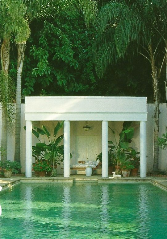 Dive Right In La Dolce Vita Pool Houses Tropical Houses Dream Pools