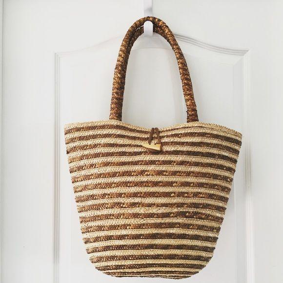 Bronze Straw Beach Bag Straw tote bag · Tan and bronze · Button ...