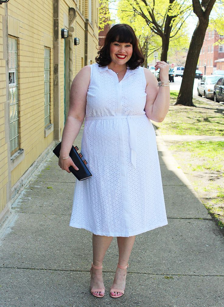 Plus Size Blogger Amber From Style Plus Curves In A White Eyelet