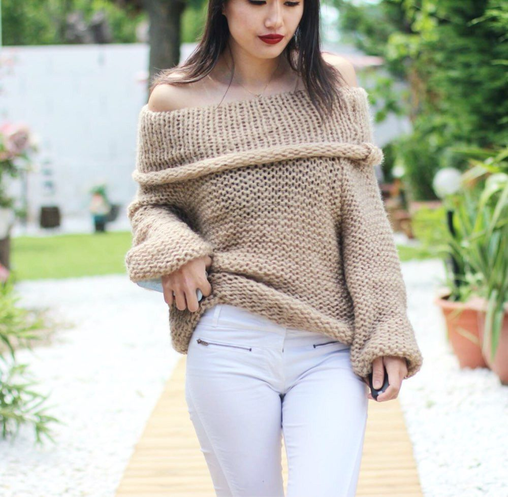 2016 New Fashion Women Sexy Off Shoulder Casual Pullover Sweater