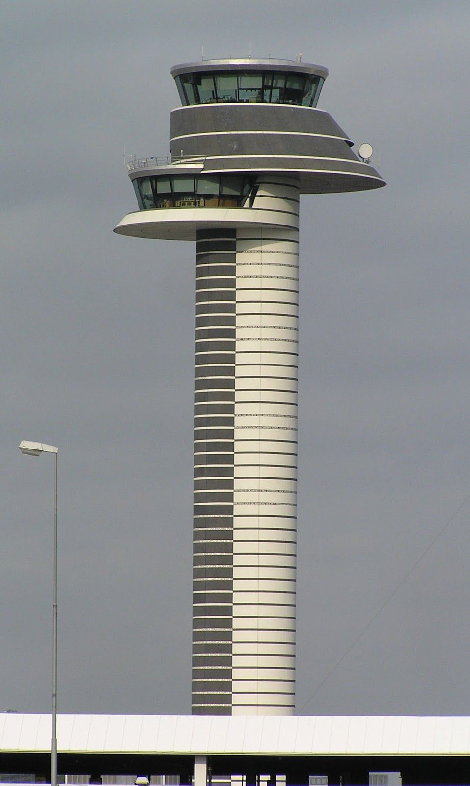 Awesome Air Traffic Control Towers Across the World (With