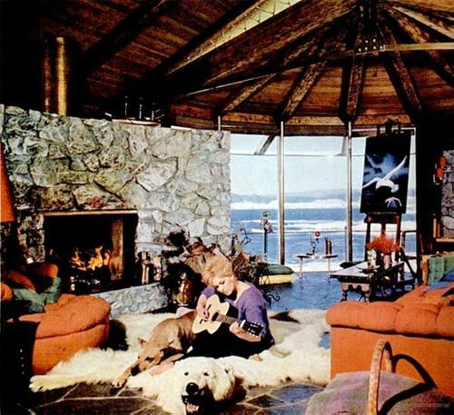 Kim Novak In Her Beach House At Big Sur 1960s Post