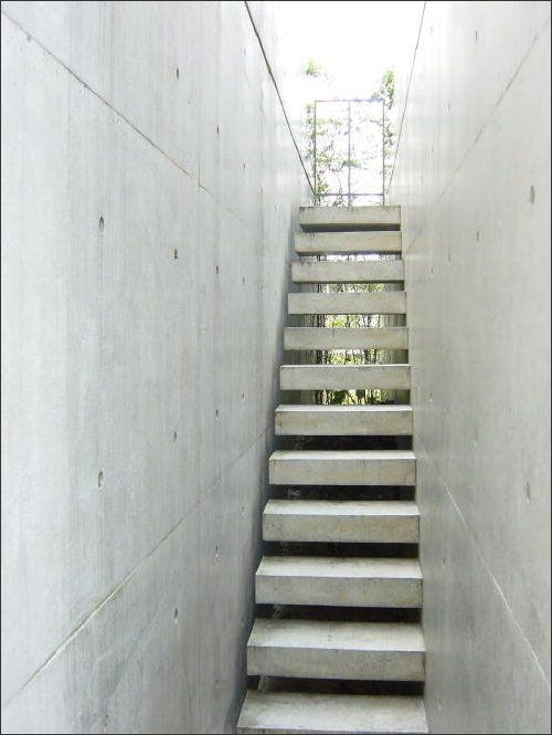 Shadow Gap Staircase Lighting: Church Of The Light 빛의교회 Tadao Ando