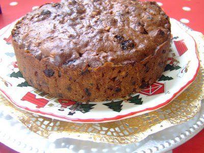THE HUNGRY VEGGIE: [ ORGANIC ] VEGAN CHRISTMAS CAKE