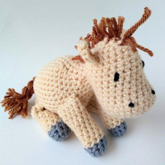 Crochet Horse Pattern - Horse Crochet Pattern - Amigurumi Horse Pattern - Amigurumi Horse Crochet Pattern #horsepattern