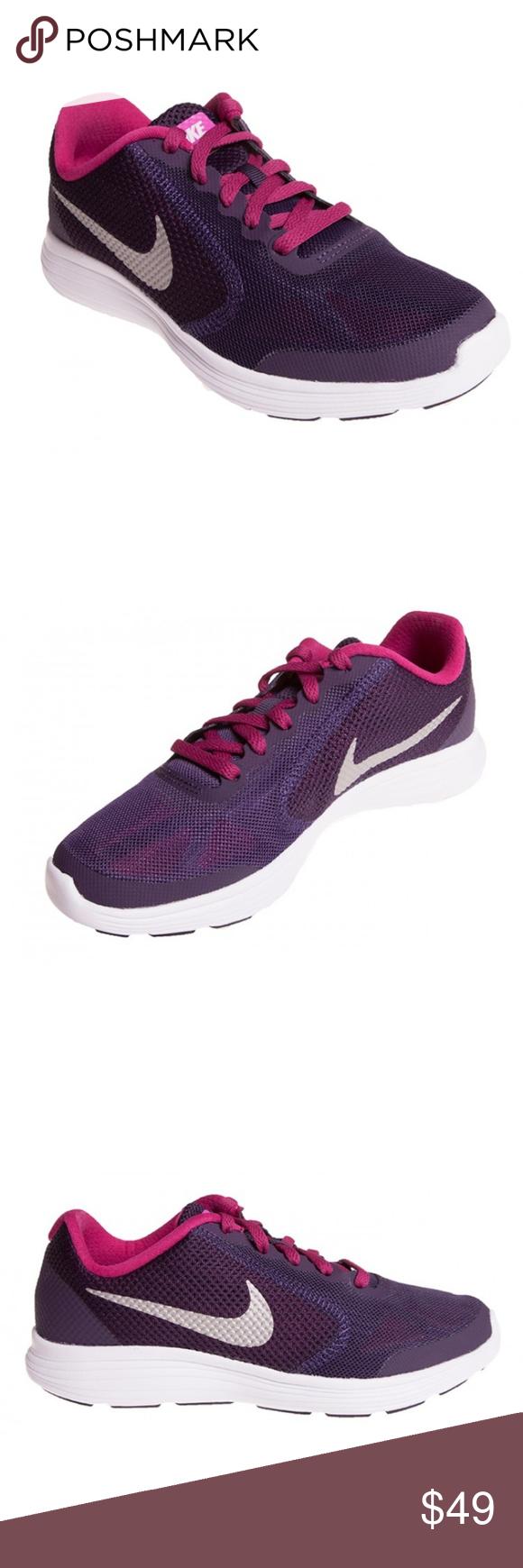 Nike Revolution 3 GS Girls Running Shoe