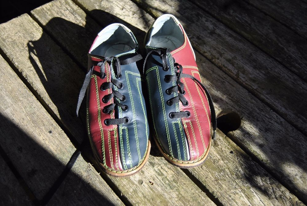 Classic Red Blue Tan Linds World Impex Leather Bowling Shoes Mens Size 7 Linds Bowling Shoes Hipster Shoes Bowling Outfit