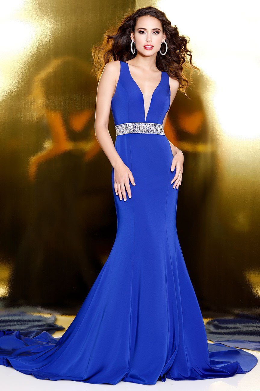 Royal elegant sleeveless gown with shimmering band products