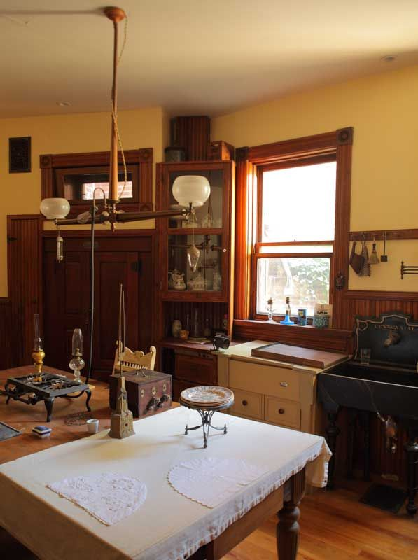 Historic Victorian Kitchen Cabinets An Important Element: Authentic Gaslights In A Capitol Hill Victorian