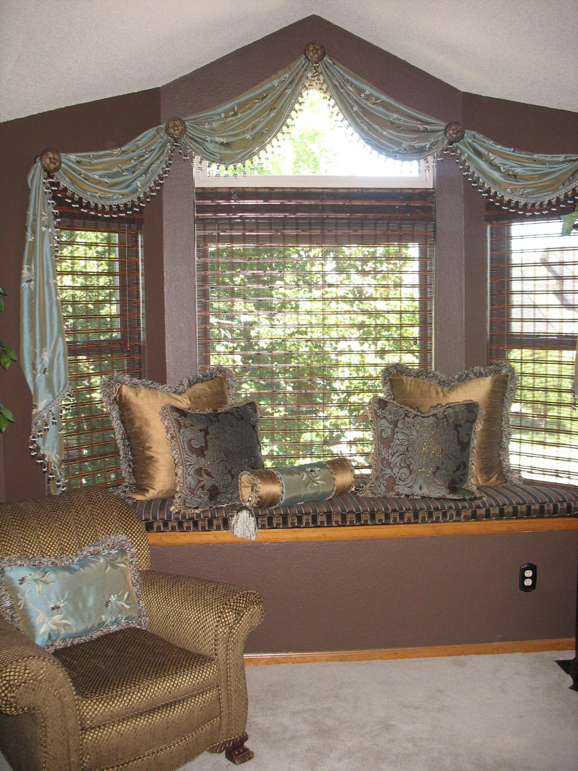 read resistant myhomedesign to patterned moisture lewis cream expand roller win blinds decor locations john scallop more page home go blind paramus tag
