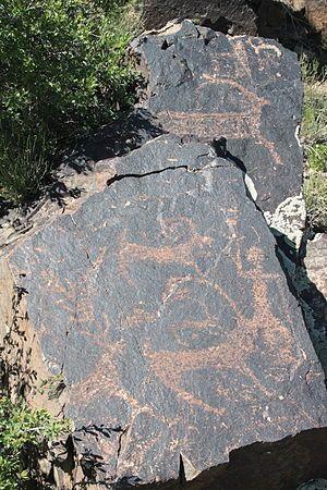 Libya 5321 Meercatze (Gatti Mammoni) Petroglyphs Wadi Methkandoush Luca Galuzzi 2007 - Petroglyph - Wikipedia, the free encyclopedia