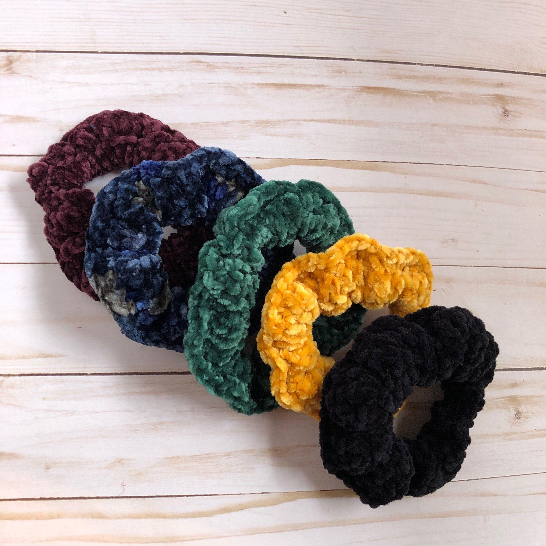 Crochet velvet velour hair scrunchy #hairscrunchie