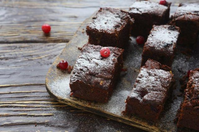 How to Make No Bake Brownies With Graham Crackers