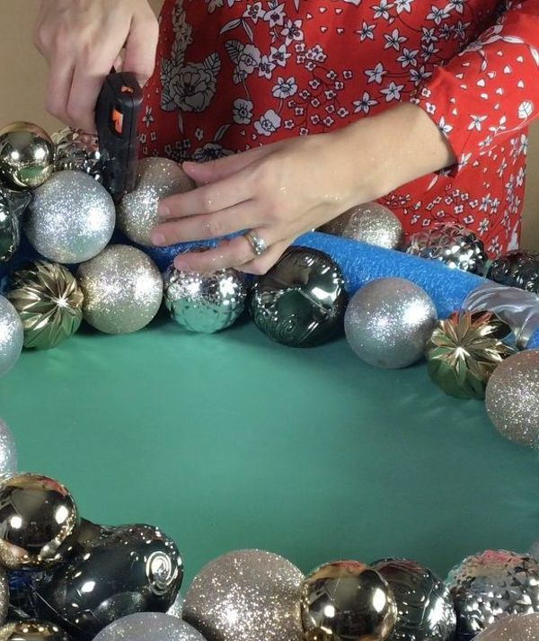 how to clean blinds the easy way christmas ornament