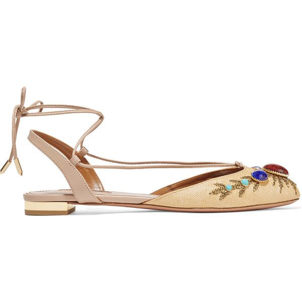 Aquazzura Desert Moon embellished raffia sandals (2.223.325 COP) ❤ liked on Polyvore featuring shoes, sandals, neutrals, tie sandals, woven flats, beige shoes, lace up flat shoes and laced up flats