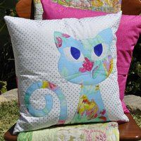 Ali's Cat Pattern  CODE: AlisCatPattern This Applique Cushion Pattern licludes layouts and instructions for one fun cat cushion. However, the design can be used as a great applique on quilts, clothes, bags or just about anything!
