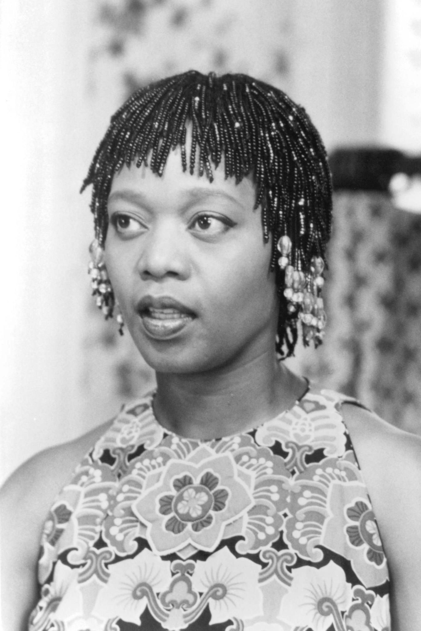 alfre woodard in crooklyn 1994 1367—2048